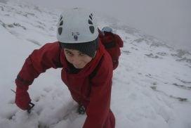 mountain walking wales snowdonia00043