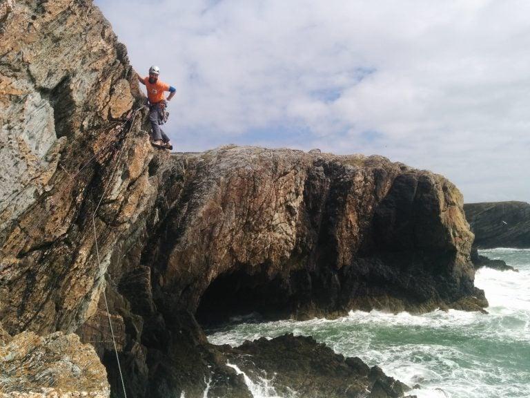 multi-pitch climbing uk
