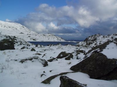 Winter-mountain-walking-arete-outdoor-centre-North-Wales