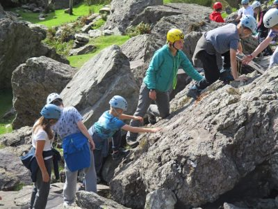 best-outdoor-rock-climbing-for-kids-north-wales-aretecentre