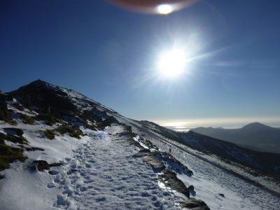 find-outdoor-Winter-mountain-walking-Midlands
