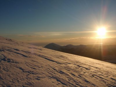 find-outdoor-adventure-Winter-mountain-walking-Midlands
