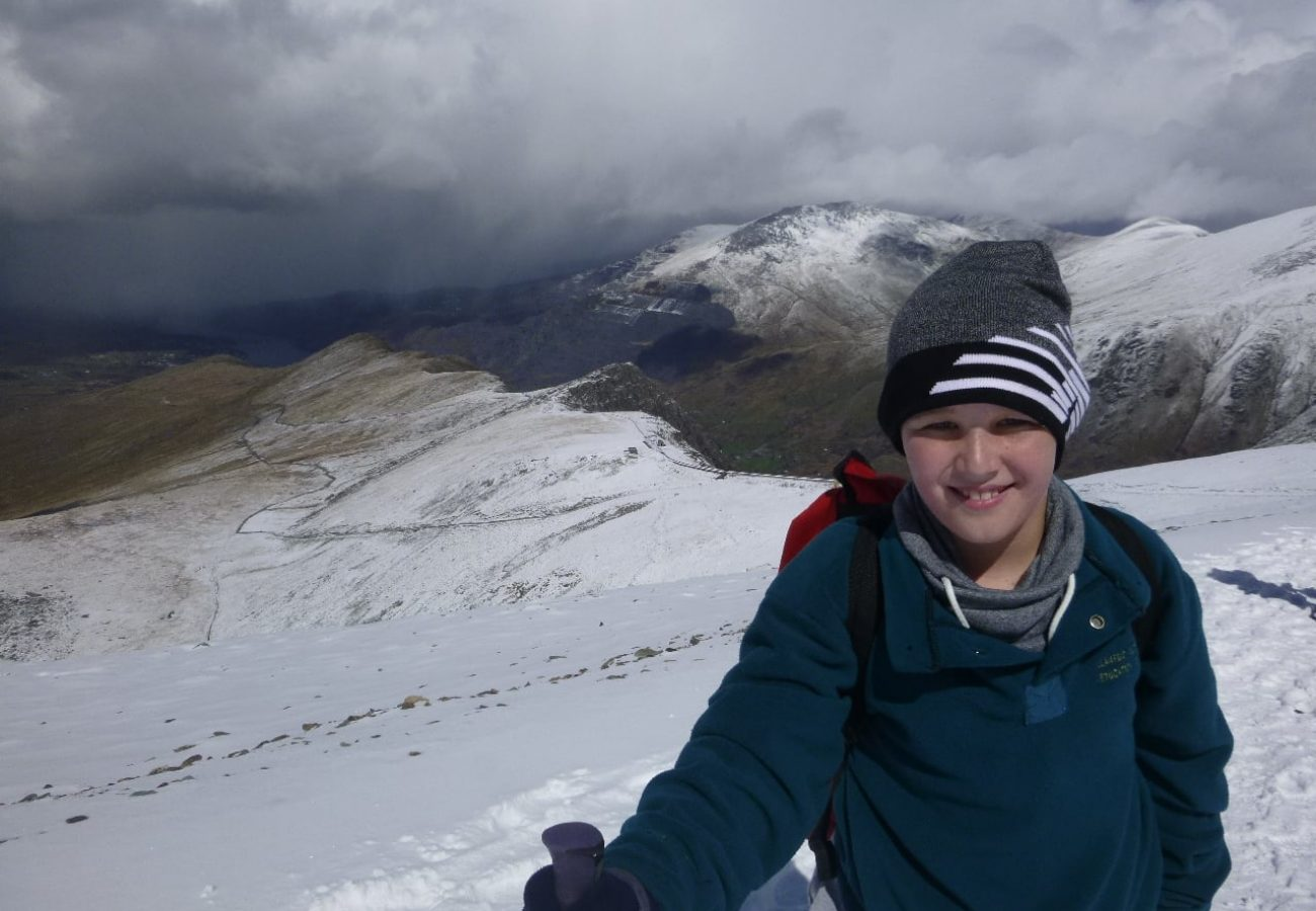 learn mountain walking Activities Gwynedd