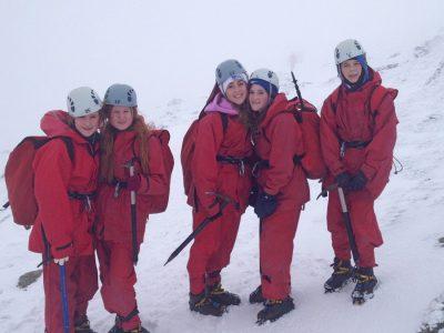 mountain walking Activities for kids Gwynedd