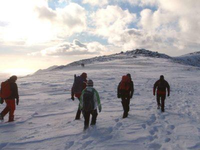 top-outdoor-Winter-mountain-walking-Gwynedd-Wales