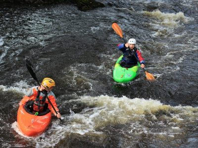 Outdoor white water kayaking activity course